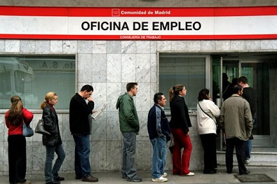 queue for unemployment benefit